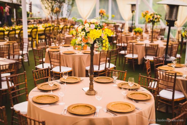 casamento rústico chique das mesas