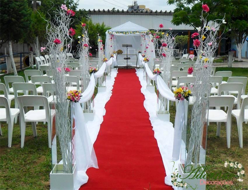 Decoraç u00e3o de casamento vermelho e branco Veja dicas e fotos! -> Decoração De Casamento Vermelho E Branco Simples Na Igreja