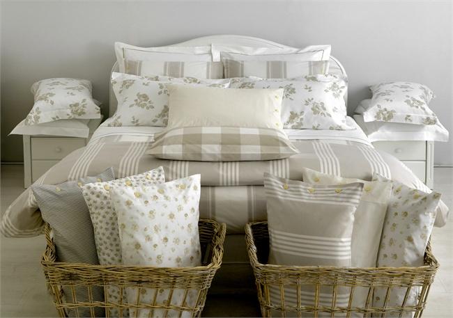 cama de casal com enxoval
