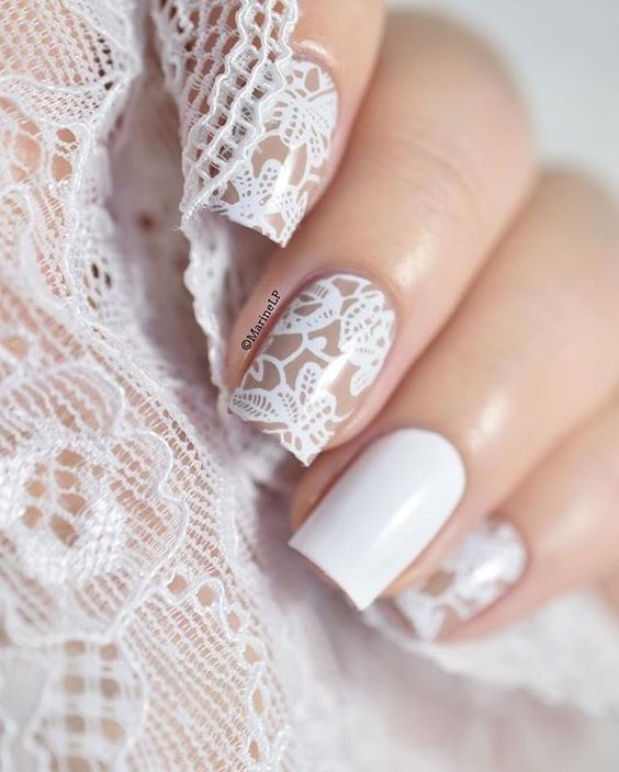 unhas decoradas com renda