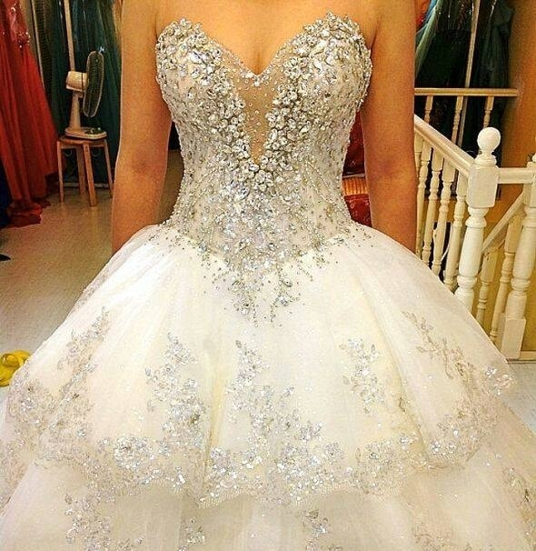 Vestido de noiva princesa com brilho
