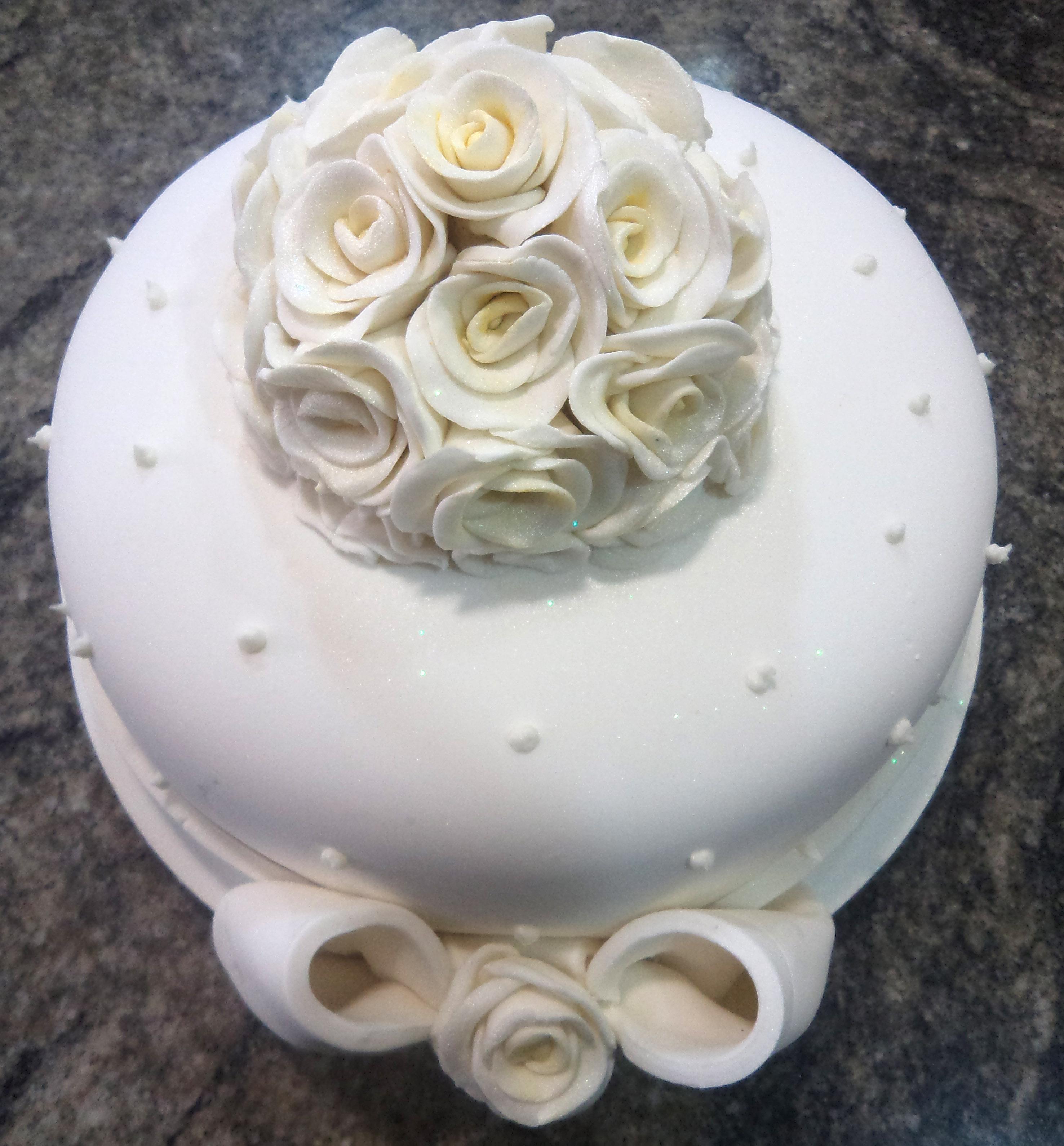 bolo de casamento simples 1