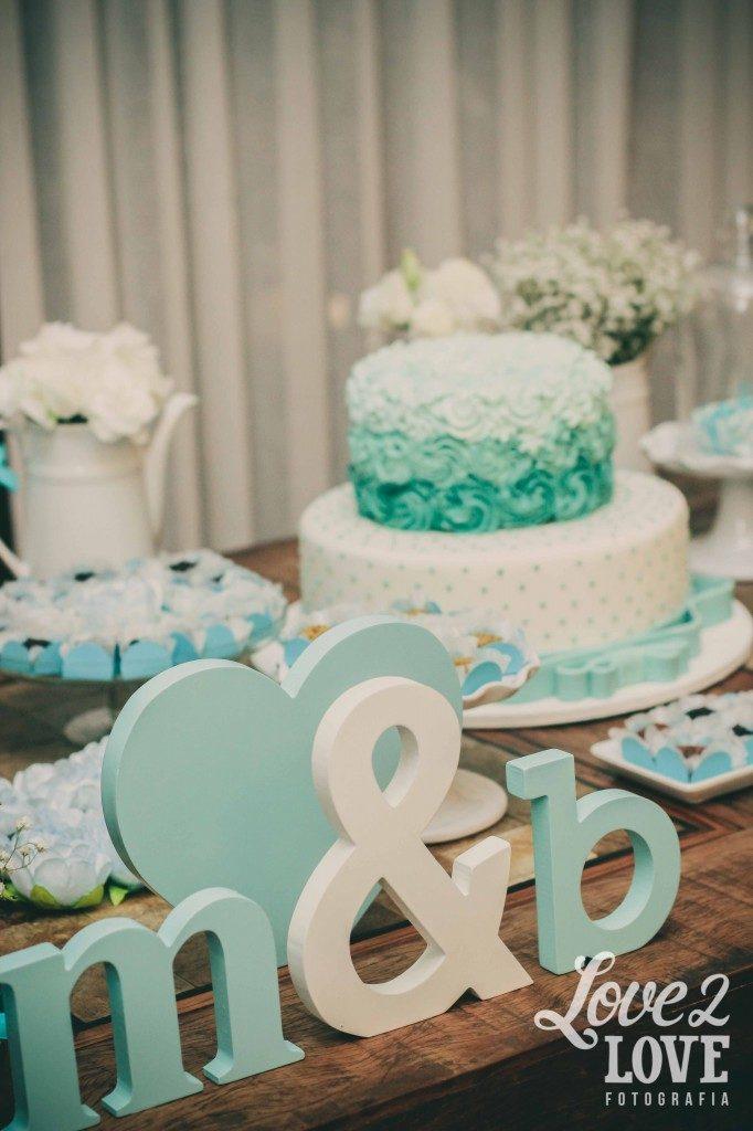 decoração de noivado azul
