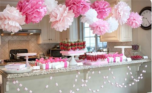 decoração de noivado flores de papel