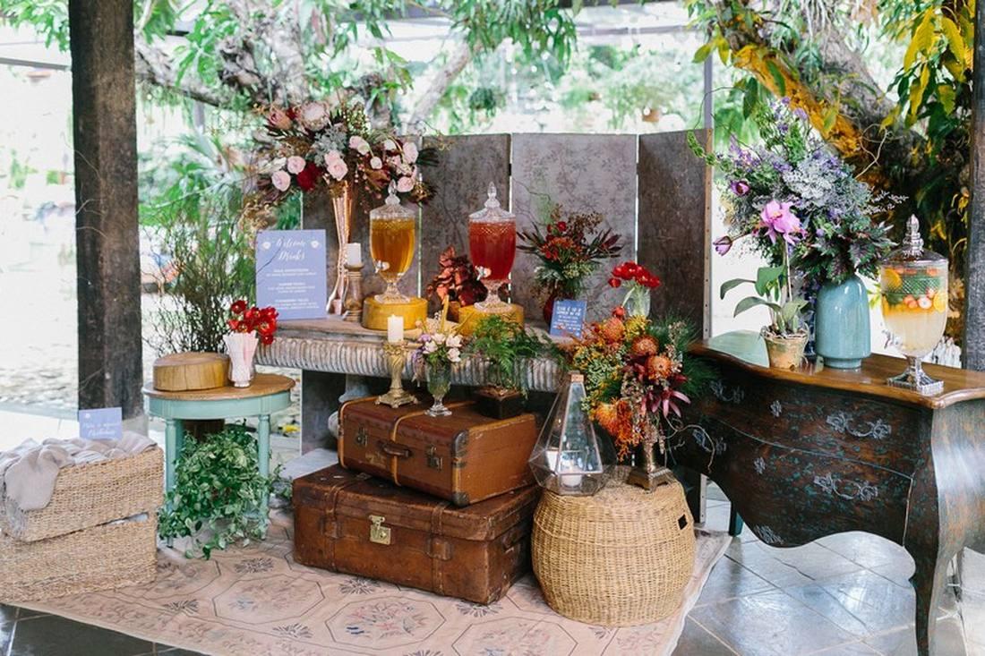 móveis rústicos e antigos para decoração de casamento