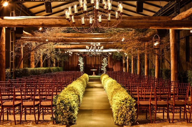 casamento no campo decoração com madeira