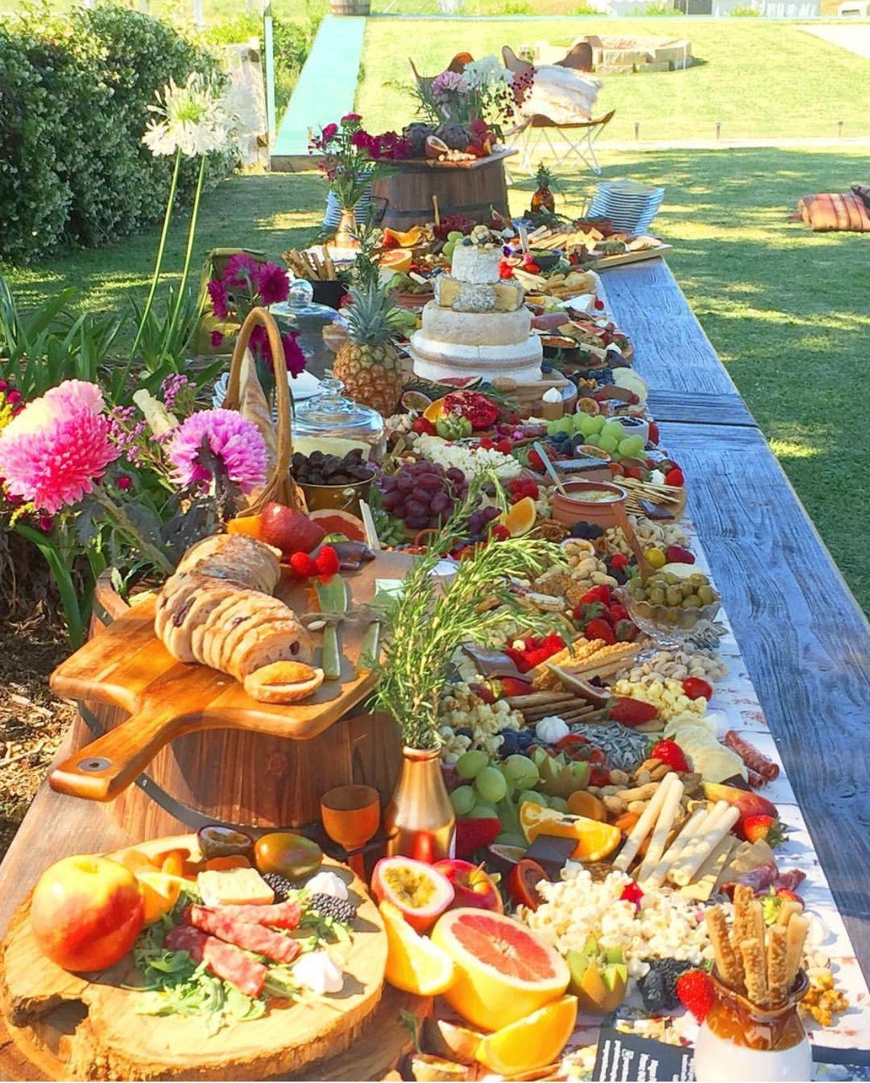 comidas mais frias e tropicais para casamento de tarde