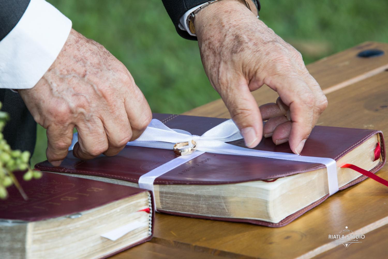 bíblia como porta alianças