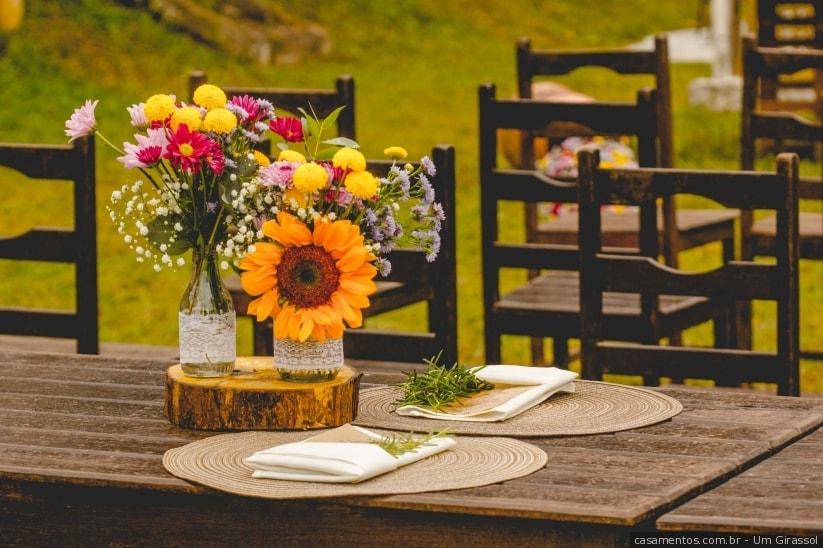 girassol como decoração de centro de mesa